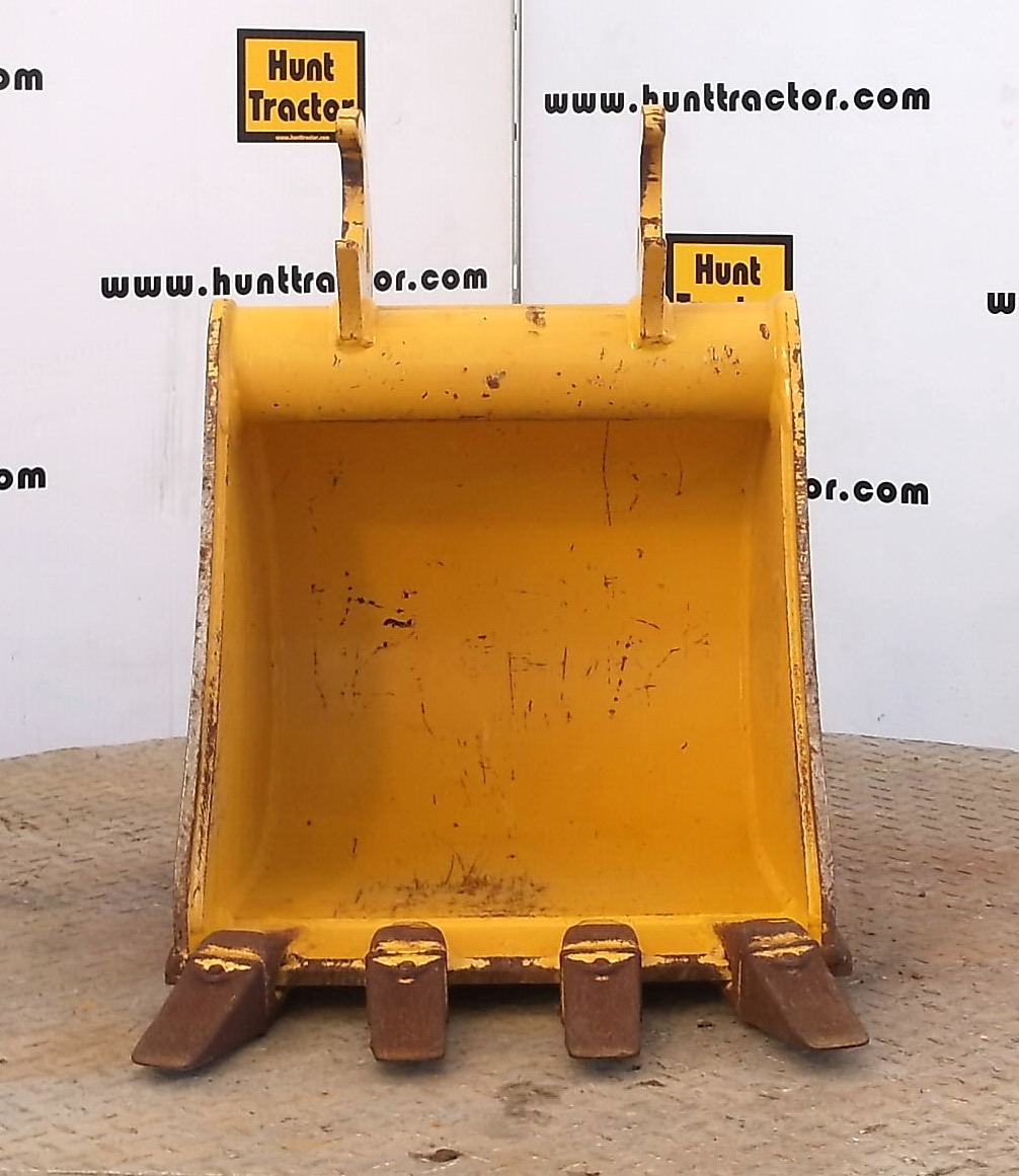 Hunt Tractor - Used 18