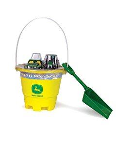Amazon.com: John Deere Sand Bucket and Shovel with Gator ...