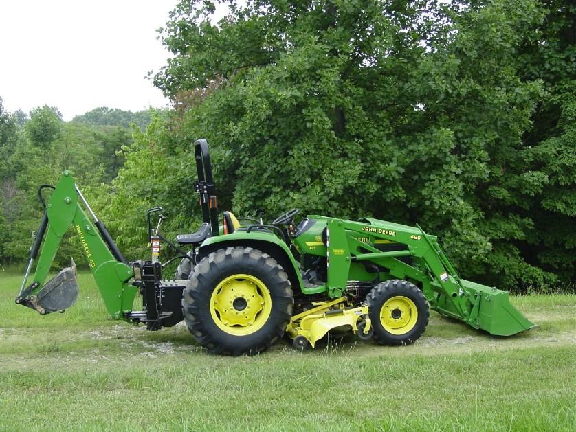 2001 John Deere 4700 Tractor