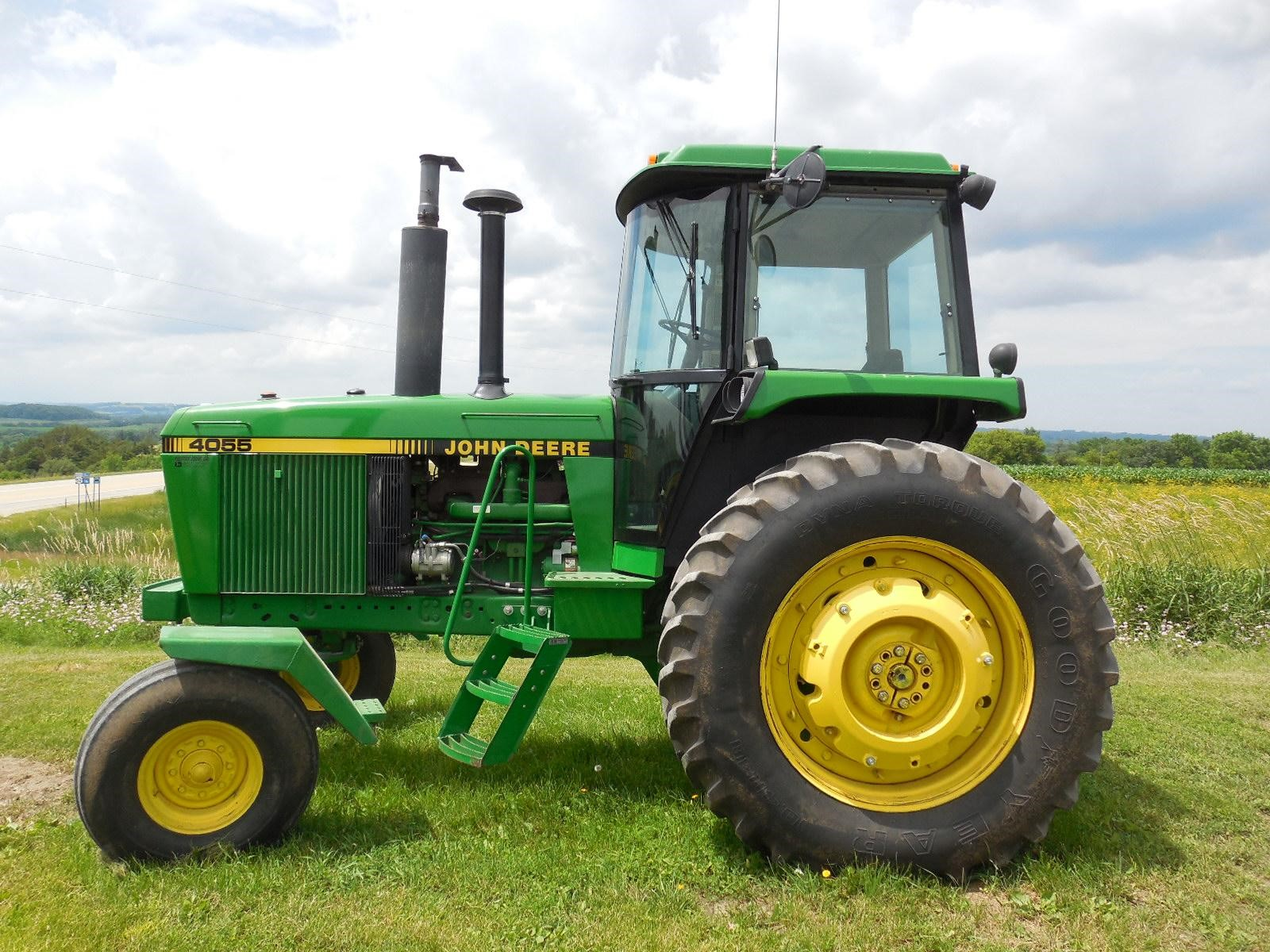 Wisconsin Ag Connection - JOHN DEERE 4055 100-174 HP ...