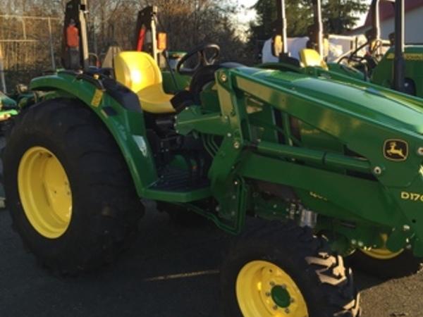 2016 John Deere 4052M Tractor - Poulsbo, WA | Machinery Pete