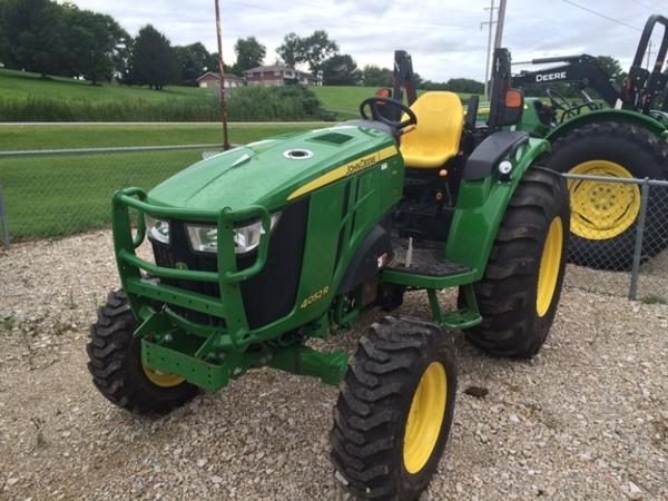 2015 John Deere 4052R Tractor - Geneseo, IL | Machinery Pete