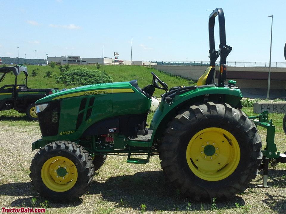 TractorData.com John Deere 4052R tractor photos information
