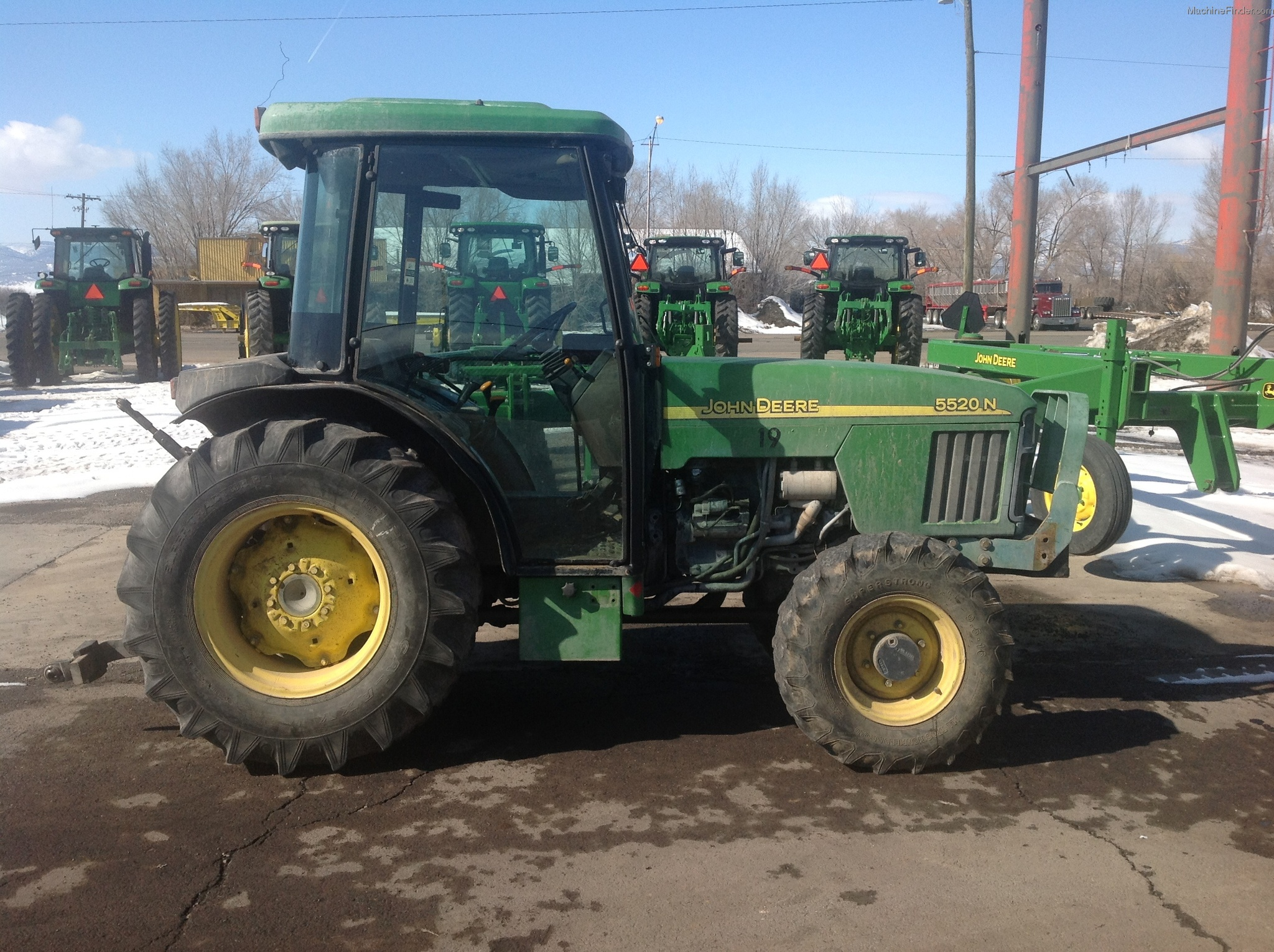 2002 John Deere 5520 Tractors - Utility (40-100hp) - John ...