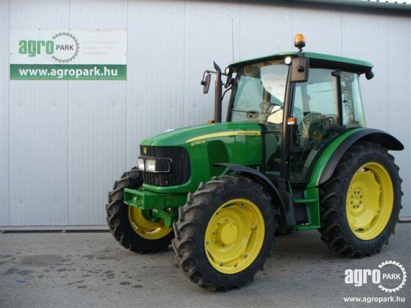 John Deere 5090M Tractor - technikboerse.com