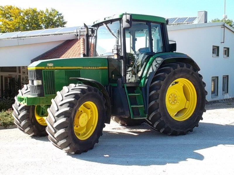 Tractor John Deere 6900 - technikboerse.com