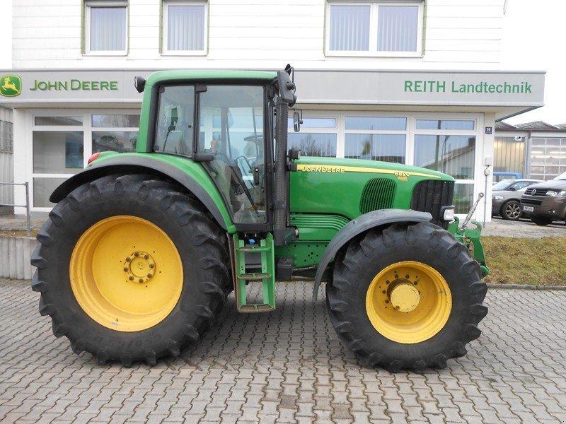 John Deere 6820 Tractor - technikboerse.com