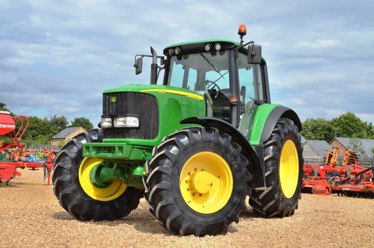 John Deere 6920 Tractor (8949) | Ellis Machinery
