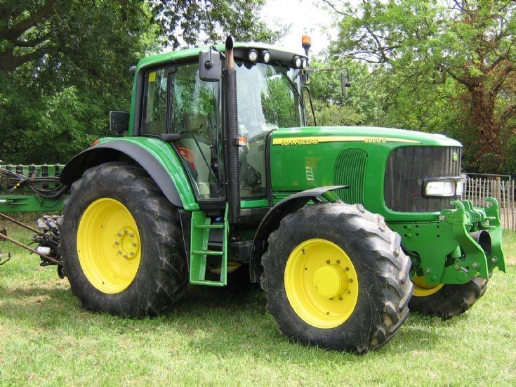 Tractor Photos - John Deere 6920s