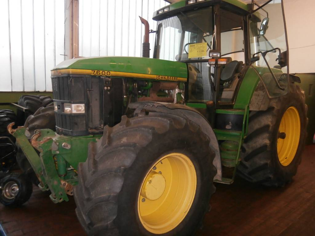 Used John Deere 7600 tractors Year: 1995 for sale - Mascus USA