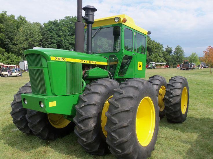 175hp John Deere 7520 with duals | Tractors | Pinterest