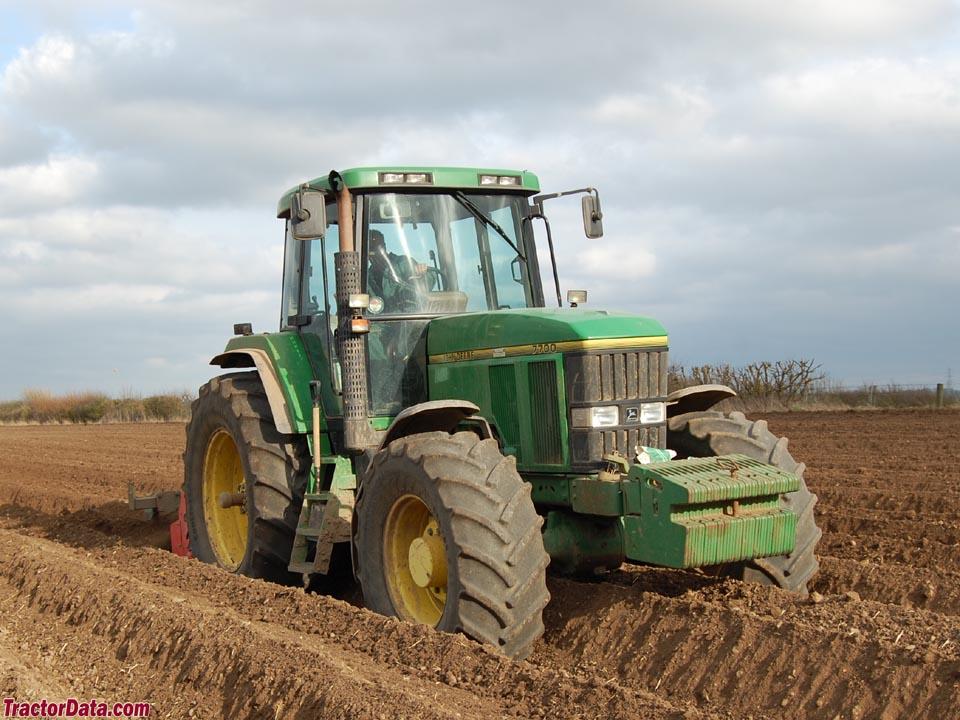 TractorData.com John Deere 7700 tractor photos information