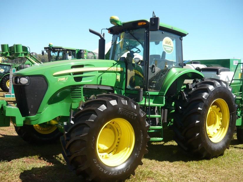 John Deere presentó nuevas versiones de tractores de la ...