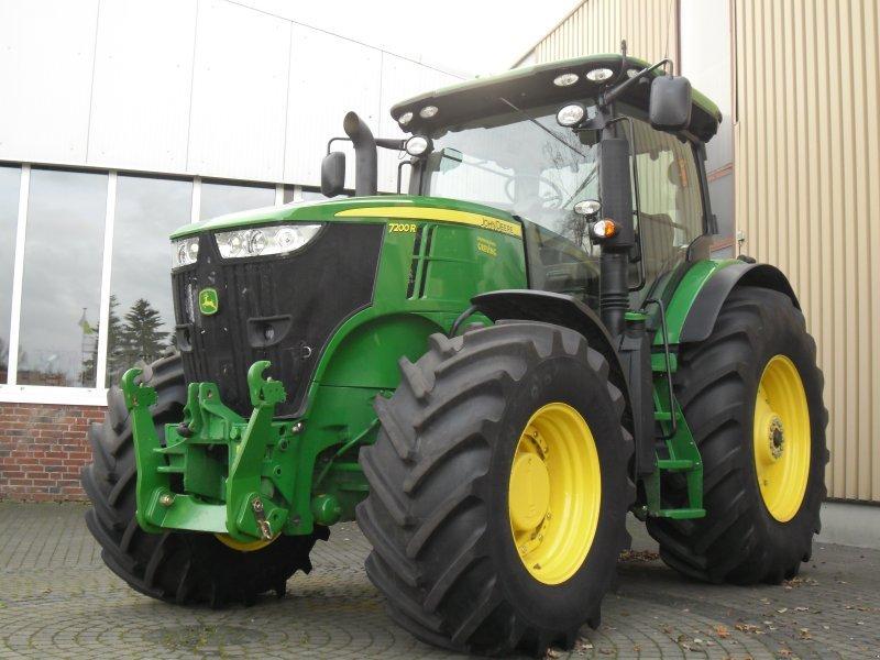 Tractor John Deere 7200R - technikboerse.com