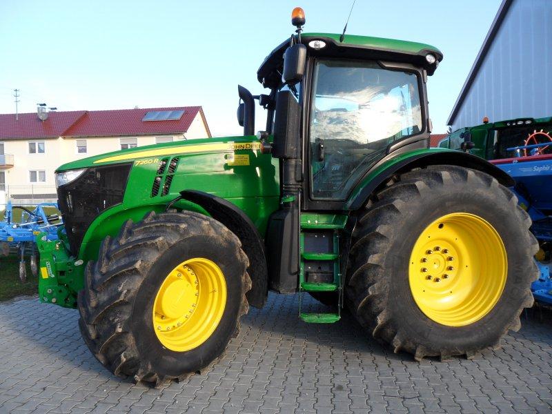 Tractor John Deere 7260R Autopowr - technikboerse.com