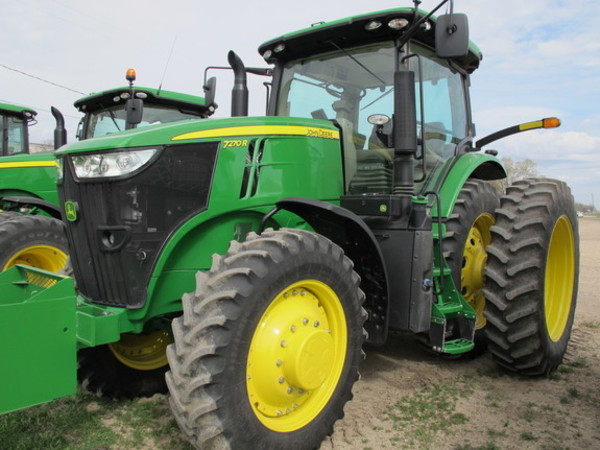 2015 John Deere 7270R Tractor - Northwood, IA | Machinery Pete