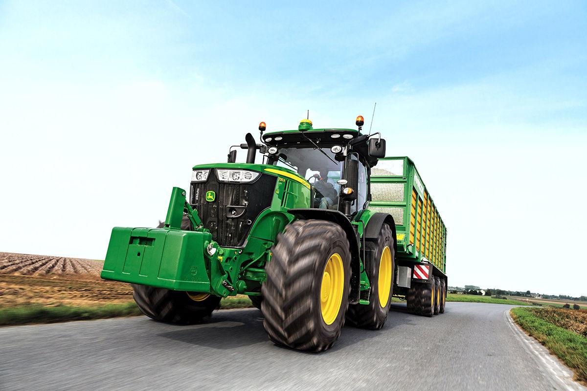 John Deere 7R Series tractor sets new fluid efficiency ...