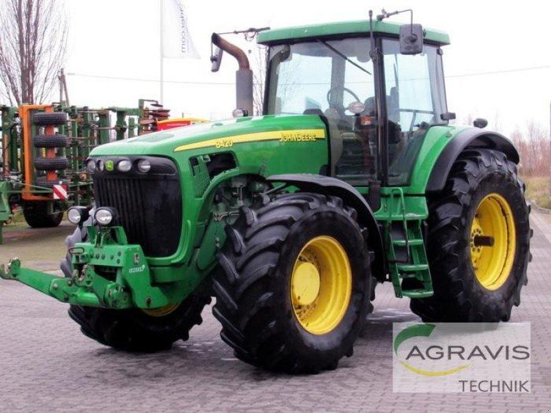 John Deere 8420 Tractor - technikboerse.com