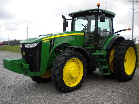 2011 John Deere 8235R Tractors - Row Crop (+100hp) - John ...