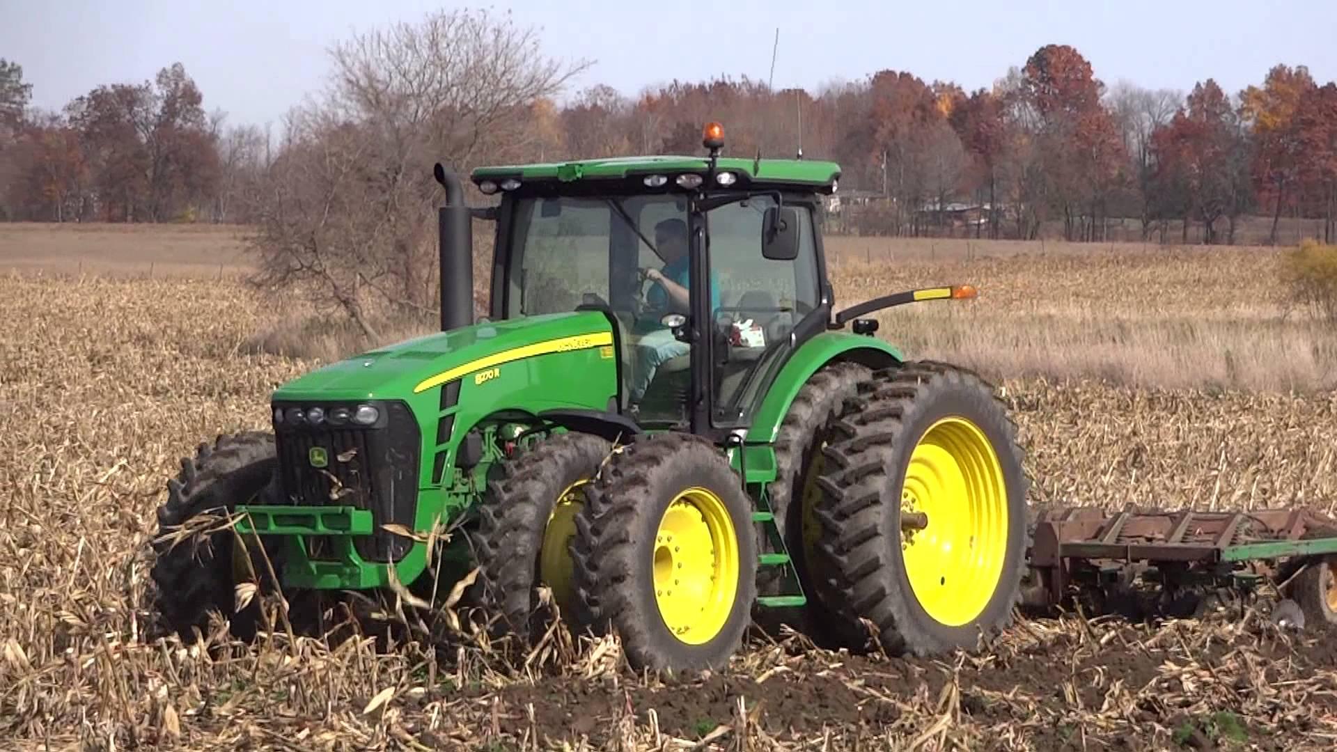 John Deere 8270R Tractor - YouTube