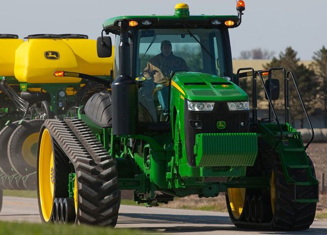 8370RT Tractor | 8R/8RT Series Row-Crop Tractors | John ...