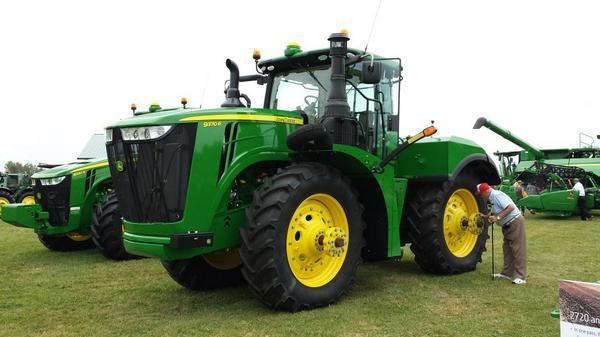 John Deere 9370R Tractor - Ontario Agriculture