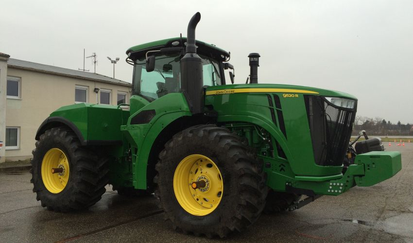 John Deere 9520R Specs and data - United Kingdom