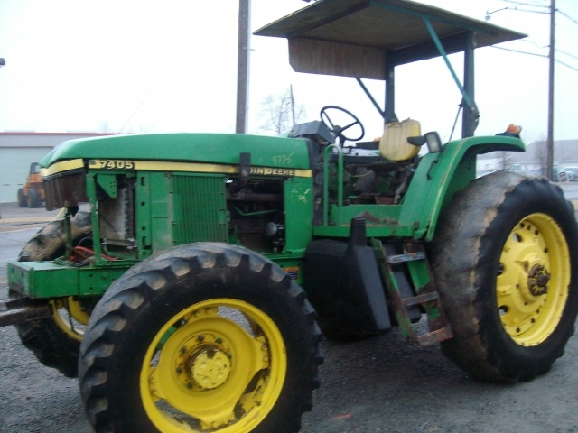 John Deere 7405 salvage tractor at Bootheel Tractor Parts