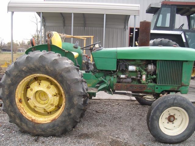 John Deere 2630 salvage tractor at Bootheel Tractor Parts
