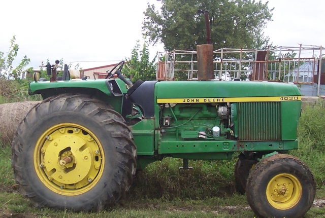 John Deere 4030 salvage tractor at Bootheel Tractor Parts