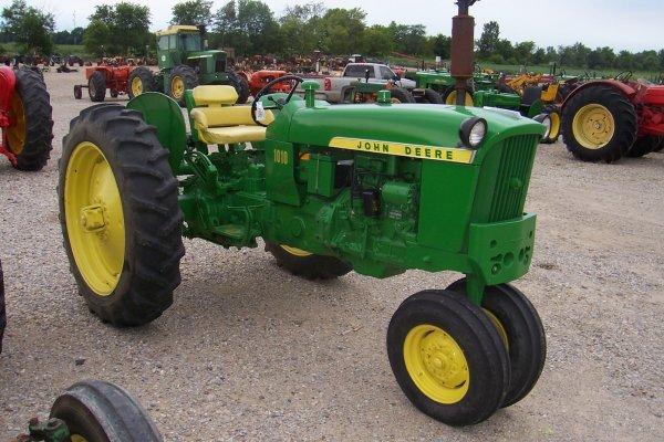 15092: John Deere 1010 Tractor #55423 : Lot 15092