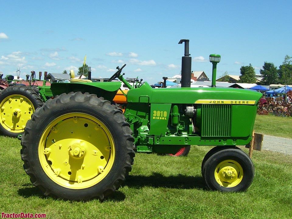 TractorData.com John Deere 3010 tractor photos information