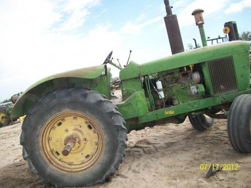 Salvaged John Deere 5010 tractor for used parts   EQ-18868 ...