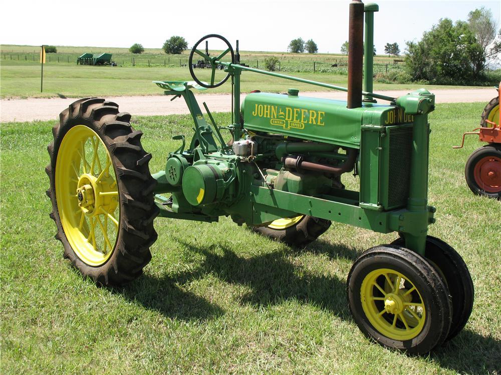 1935 JOHN DEERE B TRACTOR - 93475
