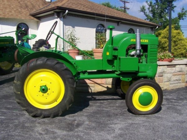3102: John Deere L Antique Tractor : Lot 3102