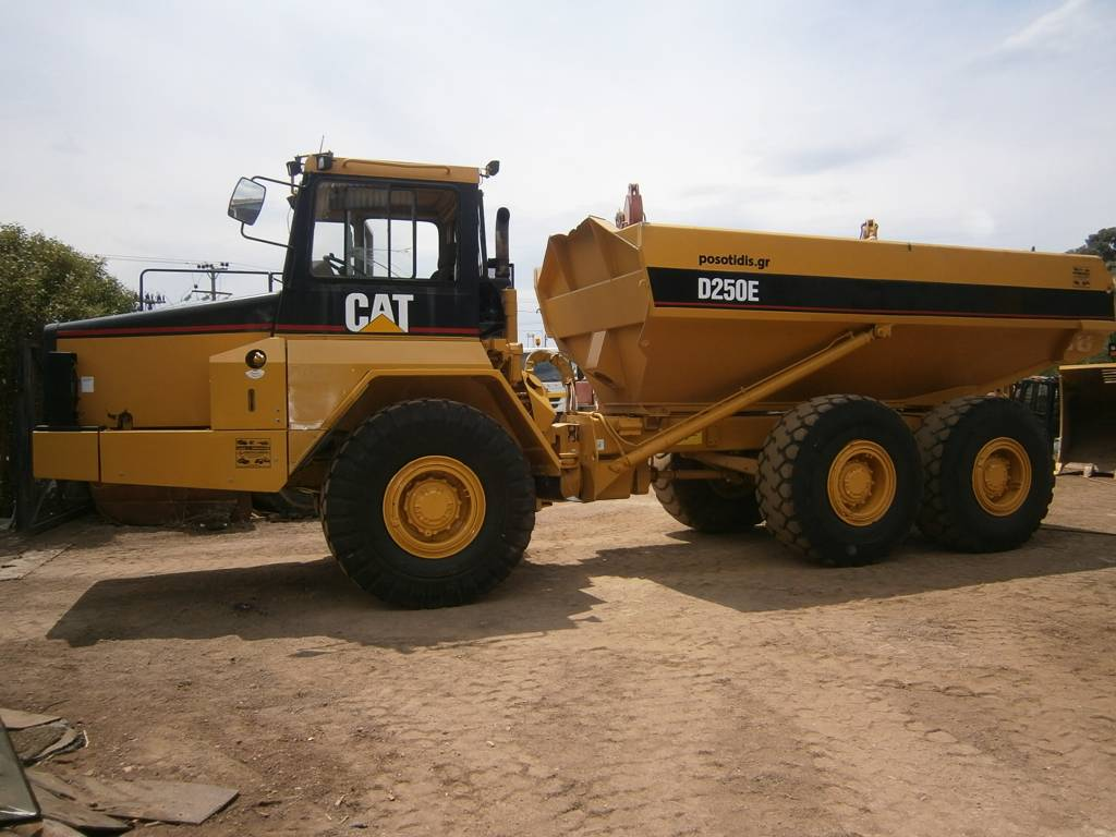 Used Caterpillar D250E articulated Dump Truck (ADT) Year ...