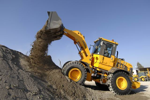 Wheel loader | Loading/Unloading Mechanism | Functions ...