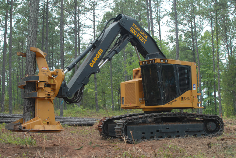 Cat 330 feller buncher