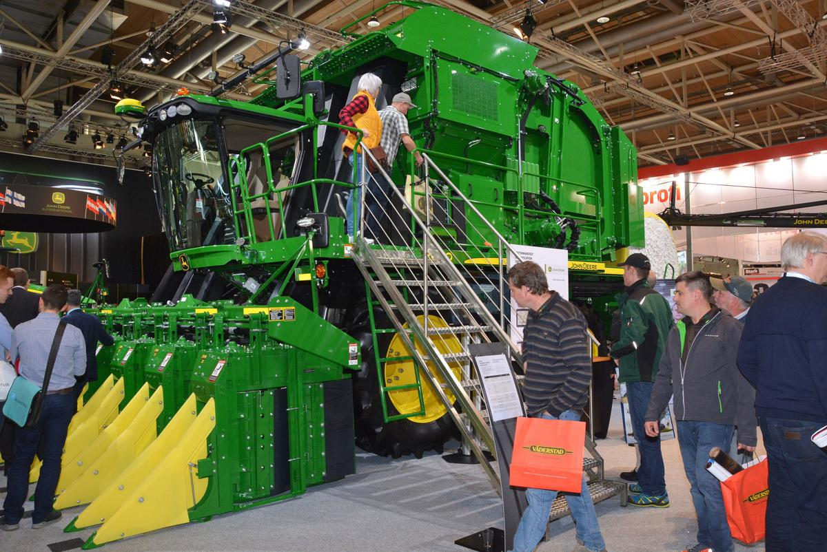 'Cotton picking good' harvester launched | News | agupdate.com