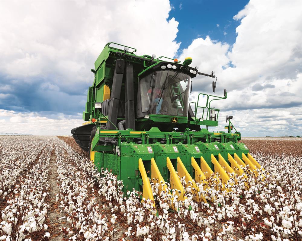 SunSouth Cotton Harvesting: CP690 Cotton Picker