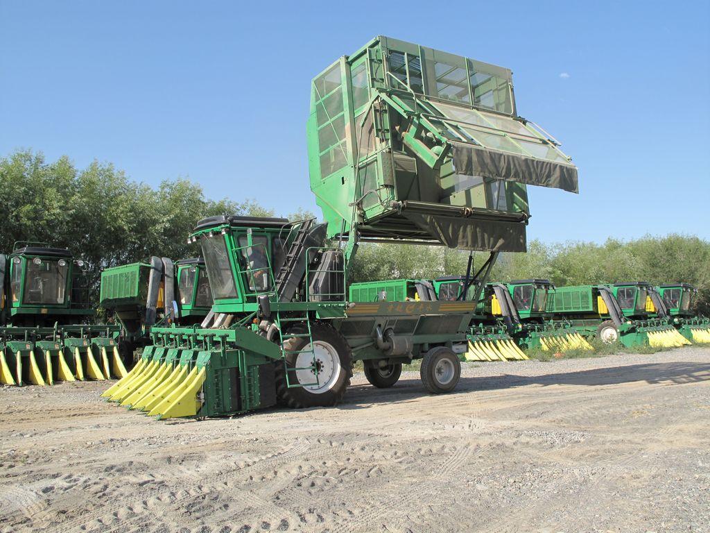 4MZ-5 self-propelling cotton picking machinery