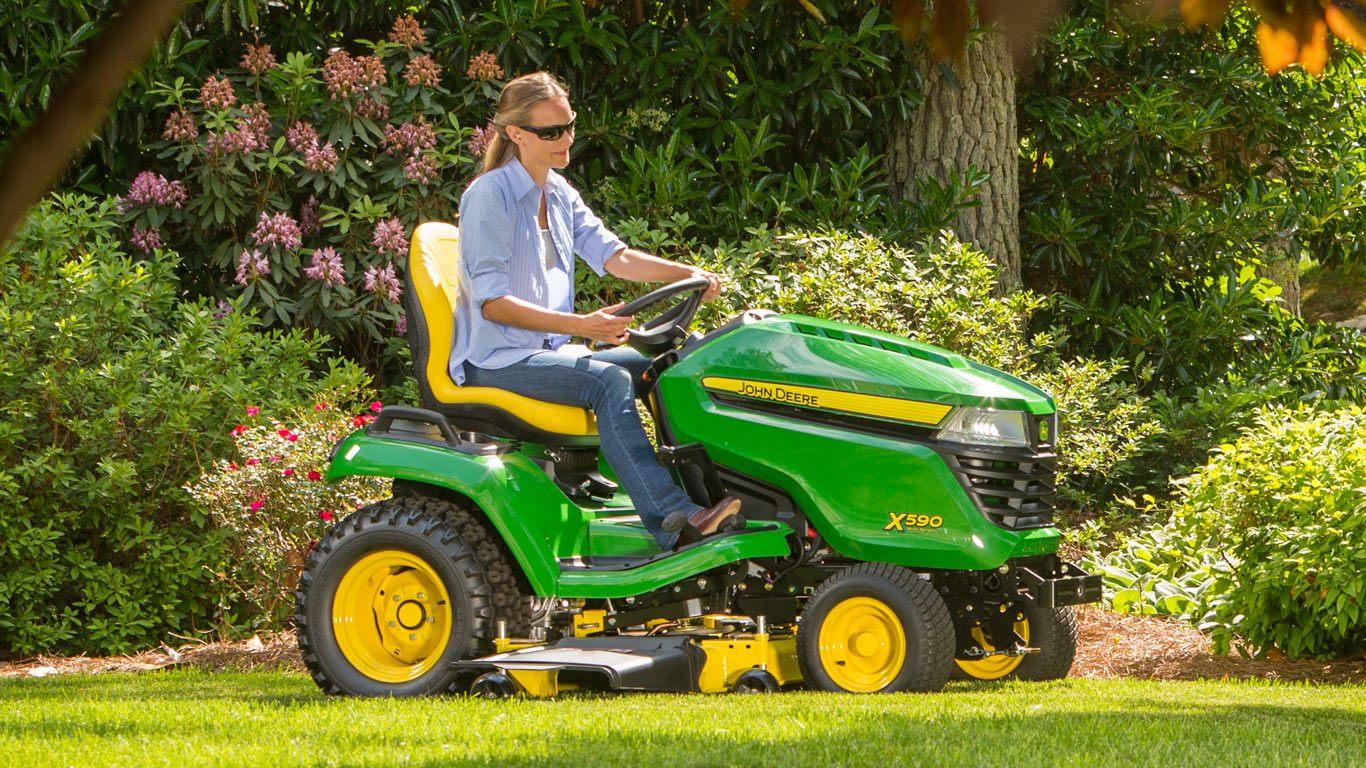 X500 Select Series Tractors | Lawn Tractors | John Deere US