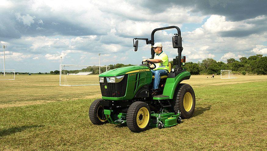Compact Utility Tractors | 2 Family Tractors | John Deere ...