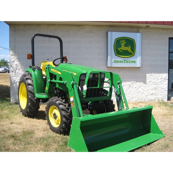 John Deere 3038E Compact Utility Tractor