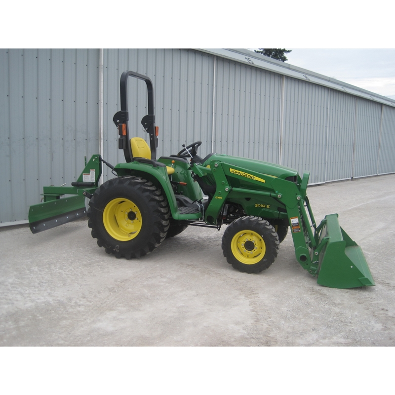 John Deere 3032E Compact Utility Tractor Loader