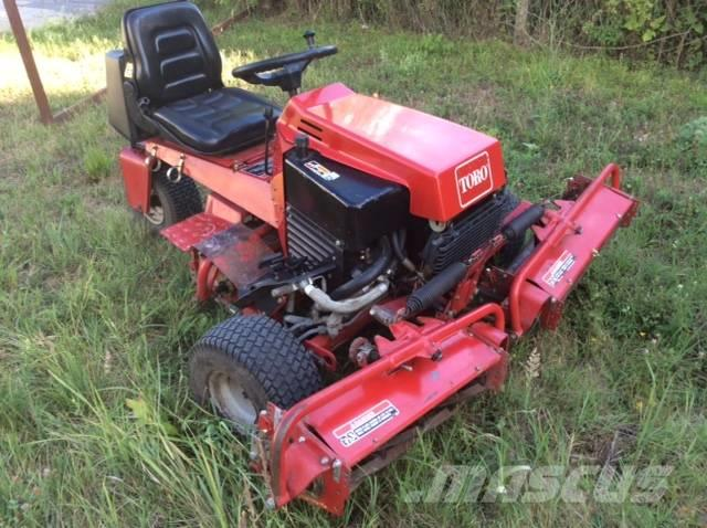 Used Toro REELMASTER 216 rough, trim and surrounds mowers ...