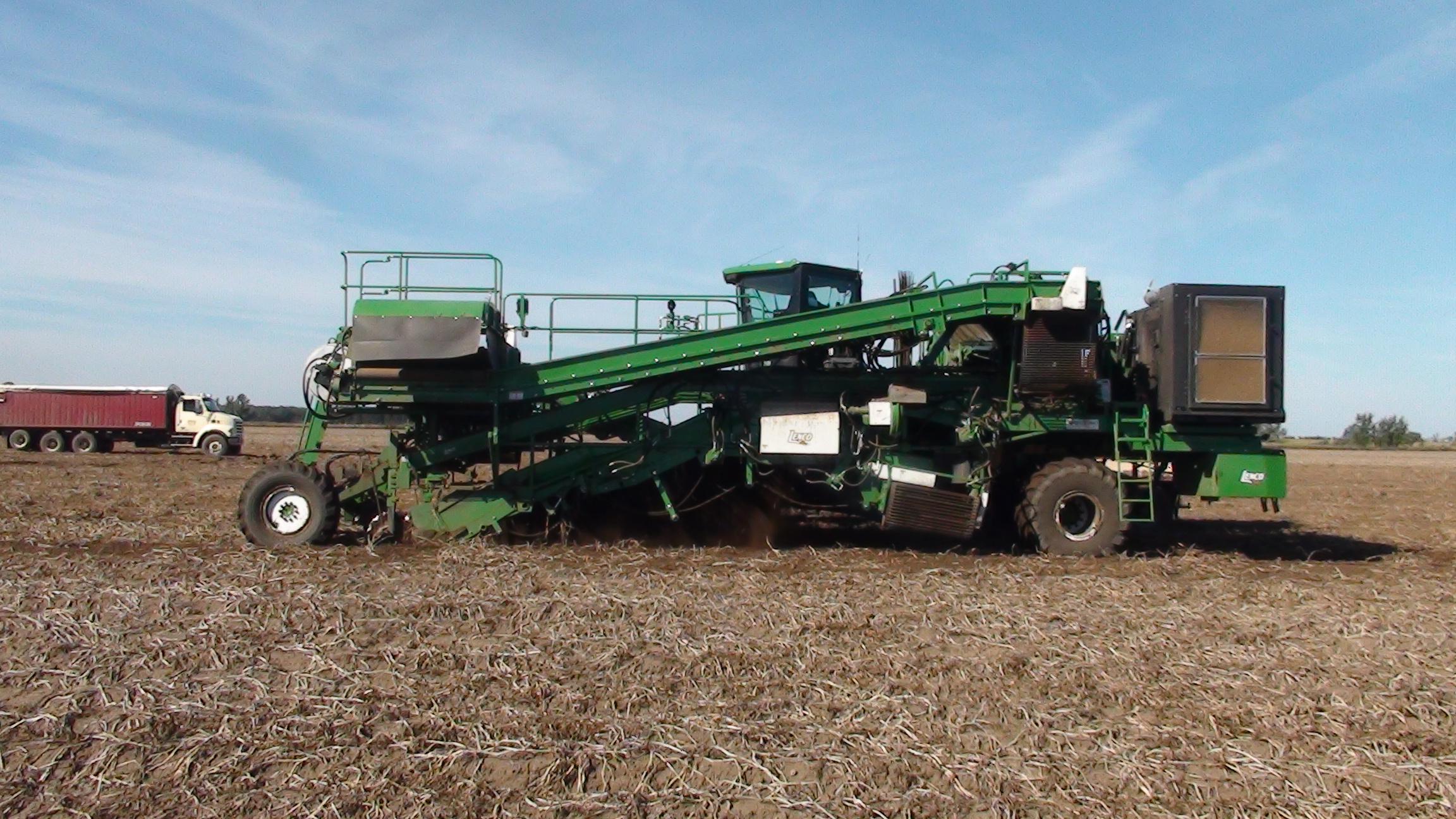 Harvest Equipment Buyers' Guide | Potato Grower Magazine
