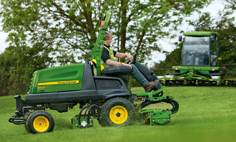 John Deere Commercial Mowing