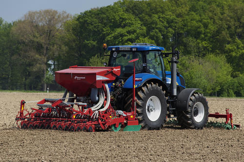 Seed Drills / Seeding Equipment / Kverneland brand ...