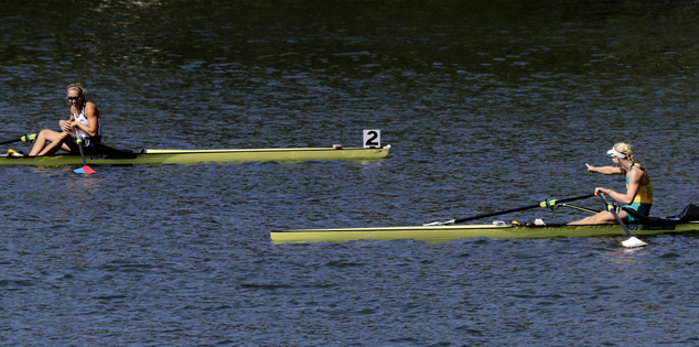 Mountain wind makes for rough end to Olympic rowing ...